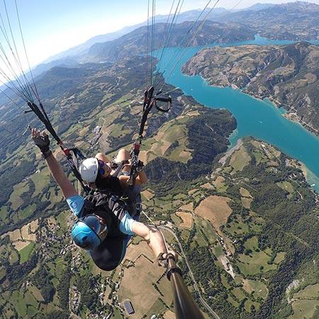 vue panoramique lac de serre ponçon